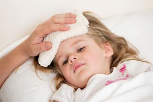 Trẻ nhỏ rất dễ bị bệnh viêm đường hô hấp dưới