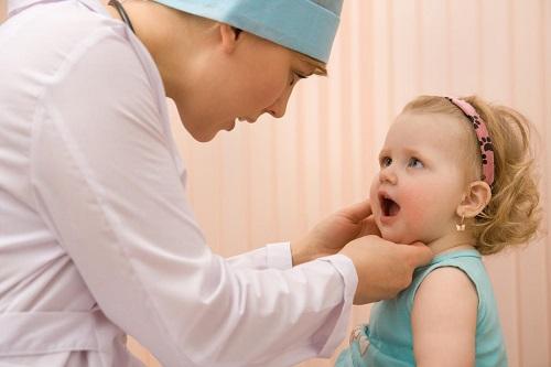 Trong các bệnh nhiễm khuẩn đường hô hấp dưới có bệnh viêm tiểu phế quản
