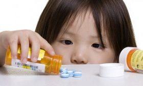 Hướng dẫn mẹ lựa chọn thuốc phòng bệnh hô hấp cho bé