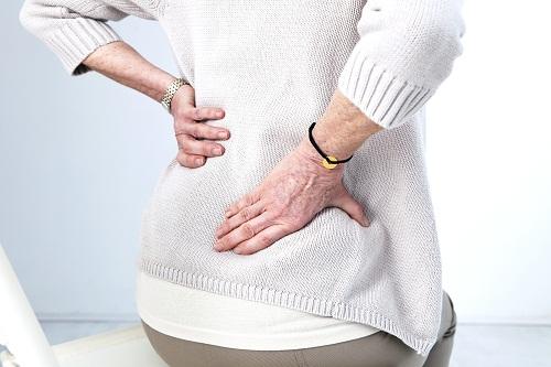 Cần kết hợp uống thuốc và tập thể dục để trị bệnh khớp xương chậu