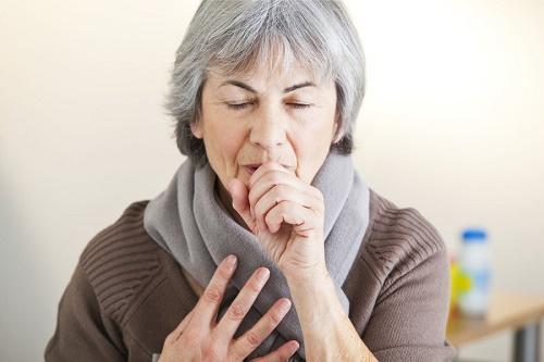Những bệnh hô hấp ở người cao tuổi thường gặp trong mùa lạnh