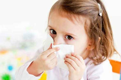 Viêm mũi họng là 1 trong các bệnh hô hấp thường gặp ở trẻ em