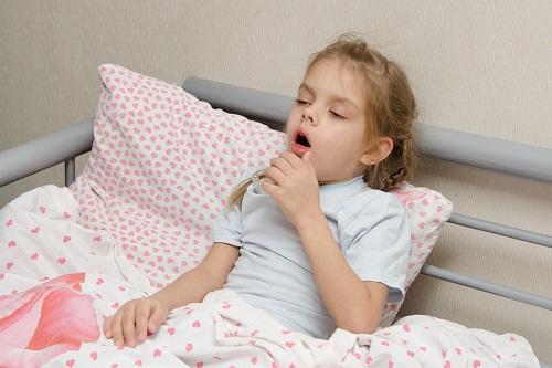 Mách bạn cách chăm sóc trẻ bị bệnh nhiễm khuẩn hô hấp cấp
